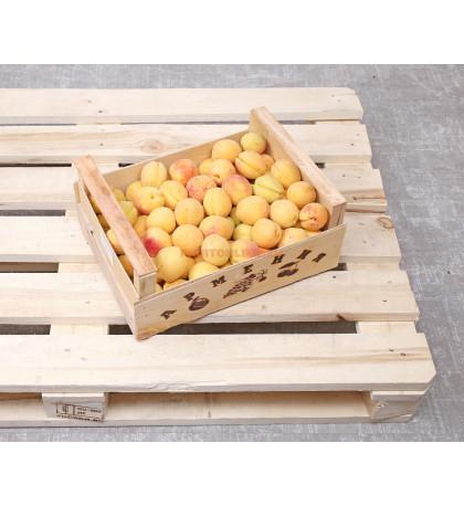 Ящик абрикосов, 8 кг